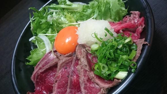 浪花焼肉 肉タレ屋 ホンマは1,480円で食べてほしいローストビーフ丼(ワール丼ver.)