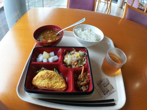 鯖江市役所給食1
