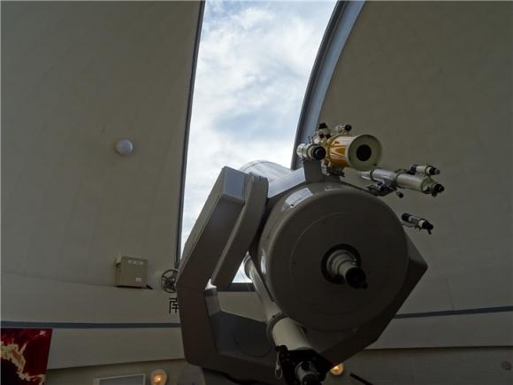 自然観察センター 巨大望遠鏡②