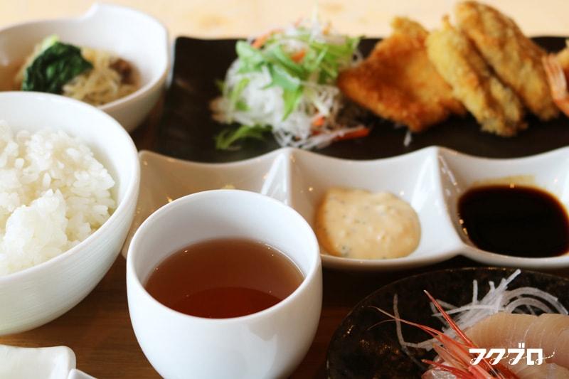海のレストラン「おおとく」 : 日替わりランチ(2)